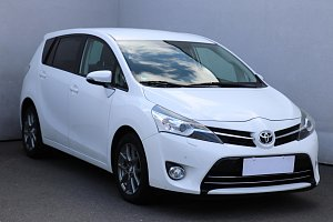 Toyota Verso 2.2D-CAT Life Plus