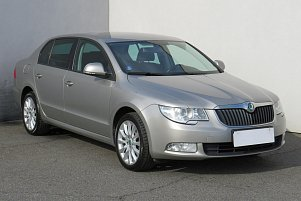 Škoda Superb II Active