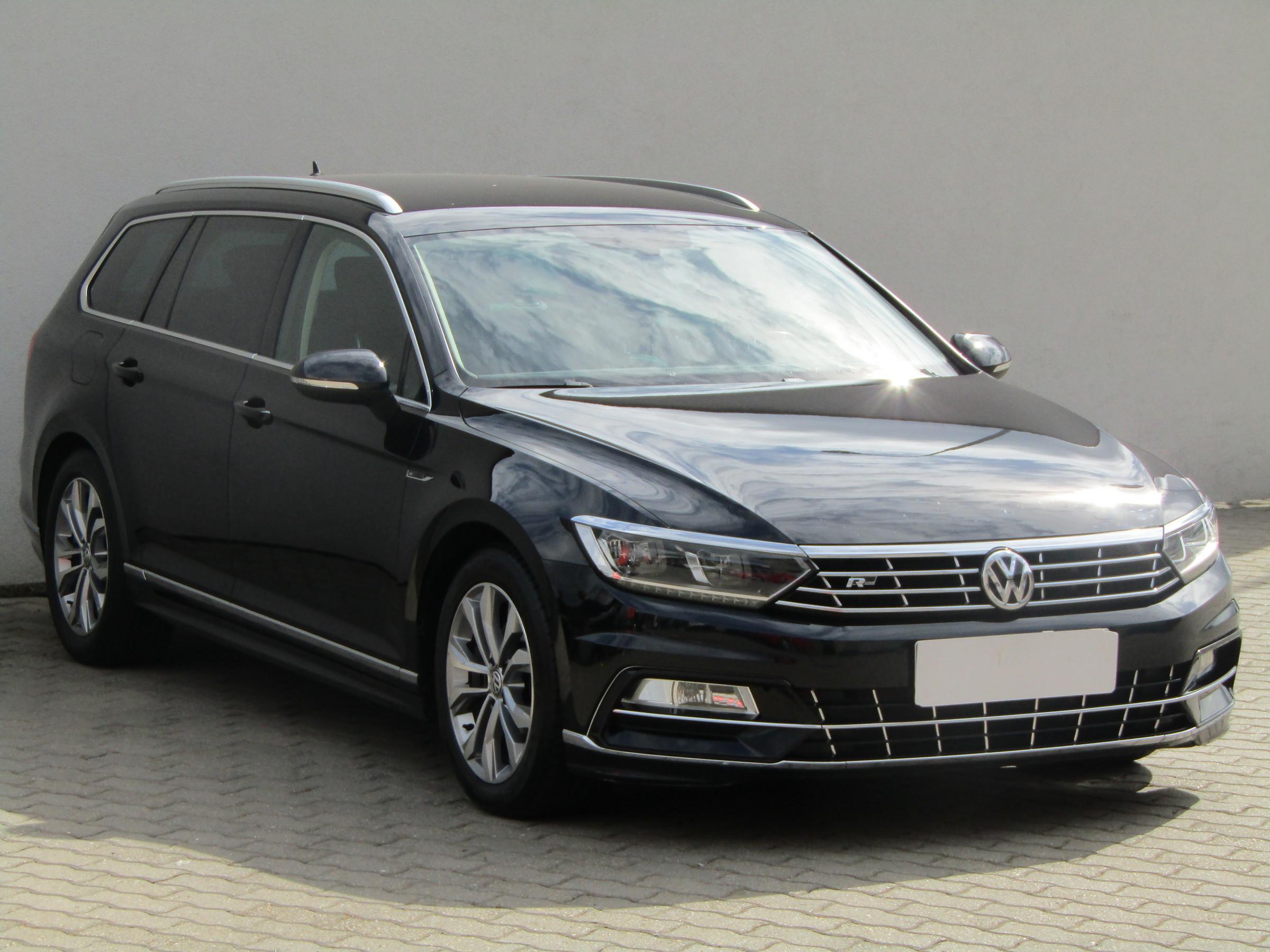 Volkswagen Passat 2.0TDi R-Line