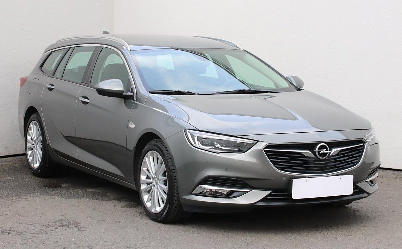 Opel Insignia 2.0CDTi Innovation