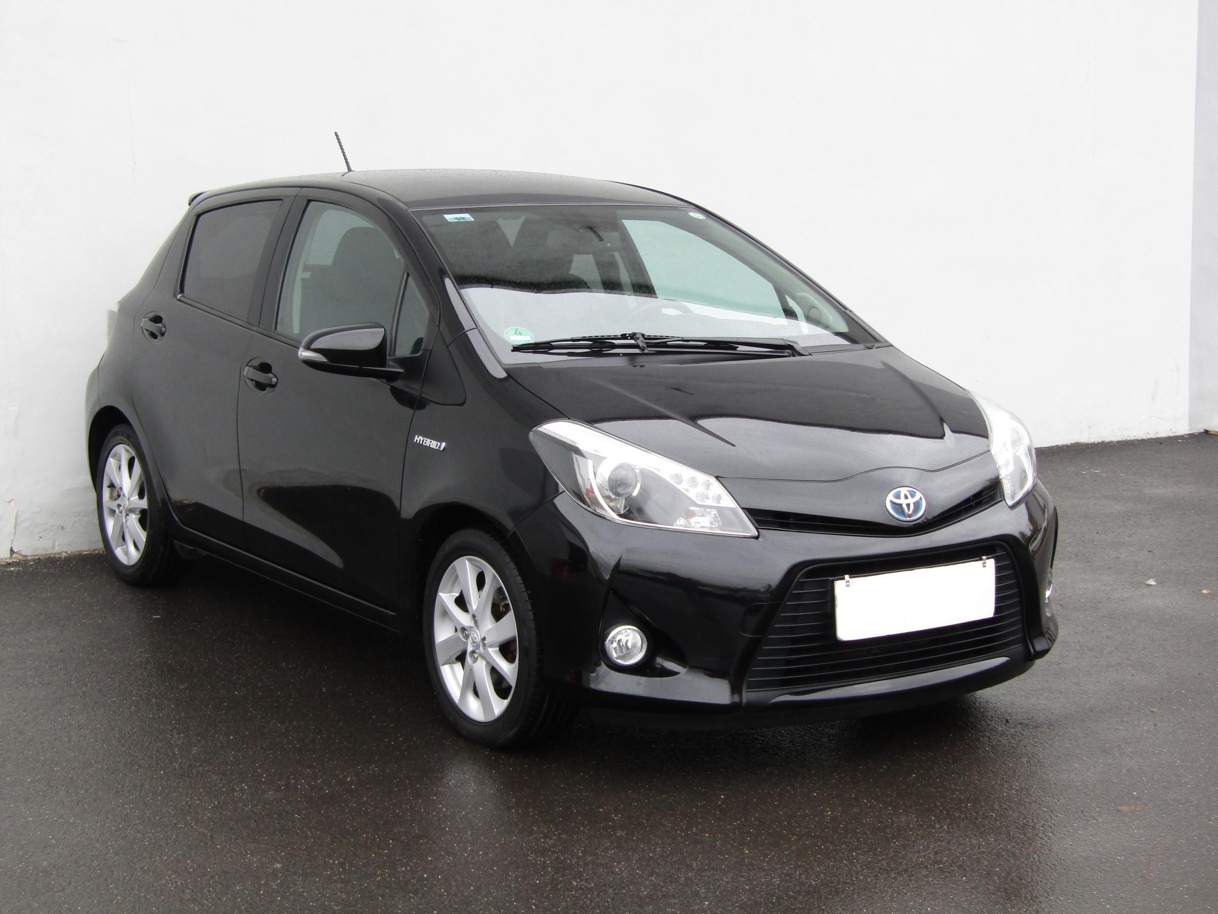 Toyota Yaris 1.5HSE