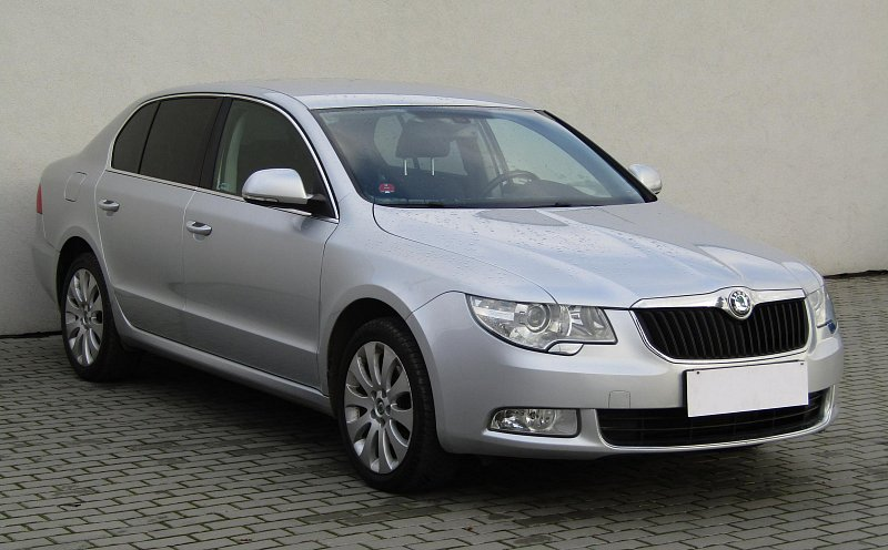 Škoda Superb II 2.0TSi Ambition